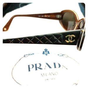 Chanel sunglasses flawless